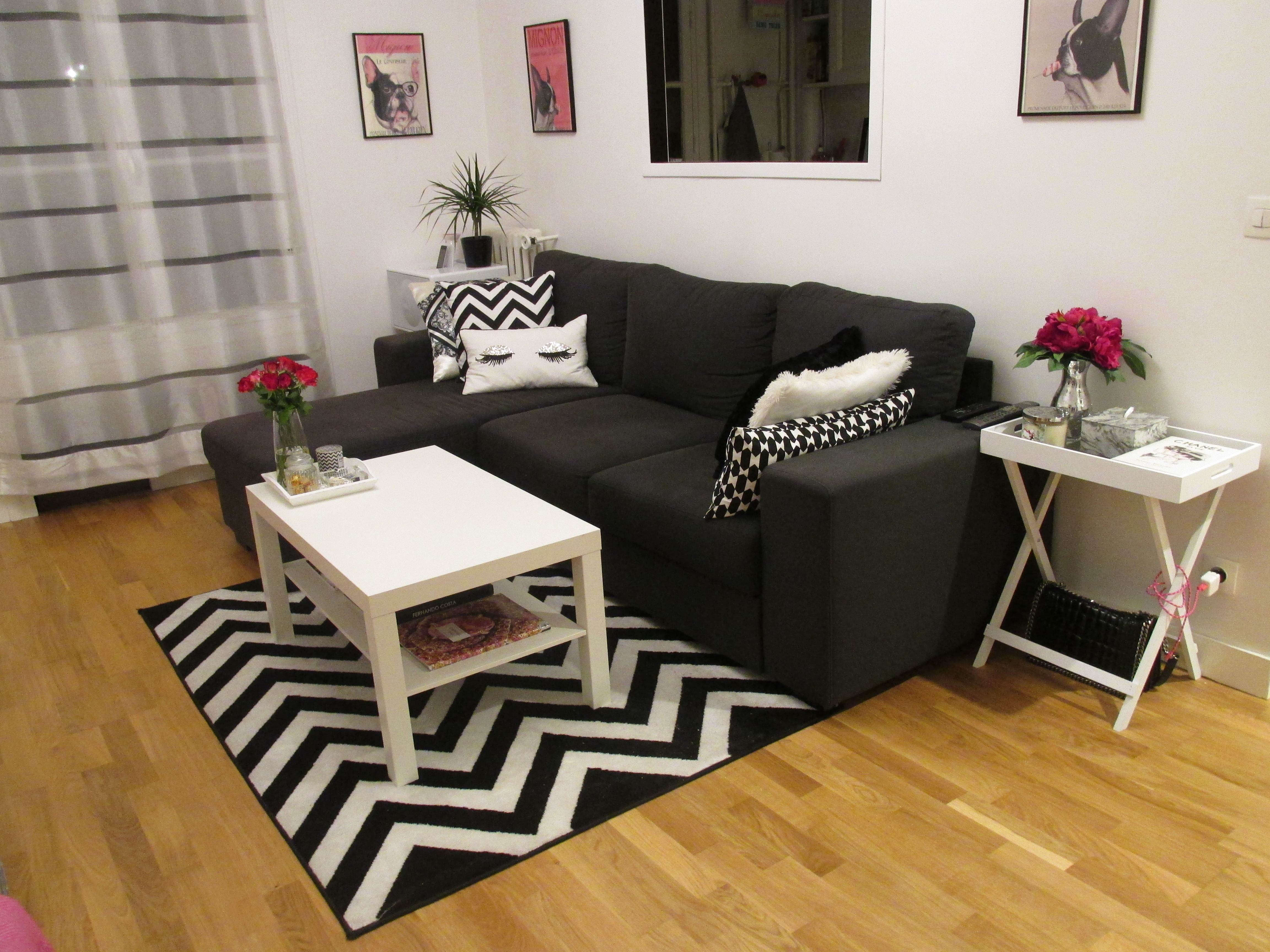 fabulous canap rosy alina table basse ika tapis webtapisfr coussins gauche droite forever. Black Bedroom Furniture Sets. Home Design Ideas