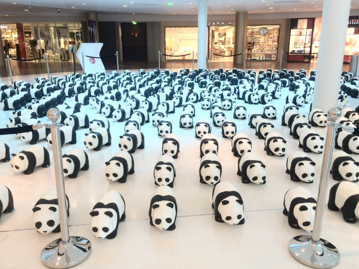 1600 pandas envahissent Beaugrenelle!