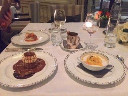 peninsula-paris-restaurant-lobby