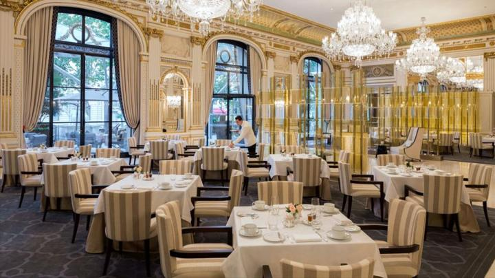 restaurant peninsula paris le lobby