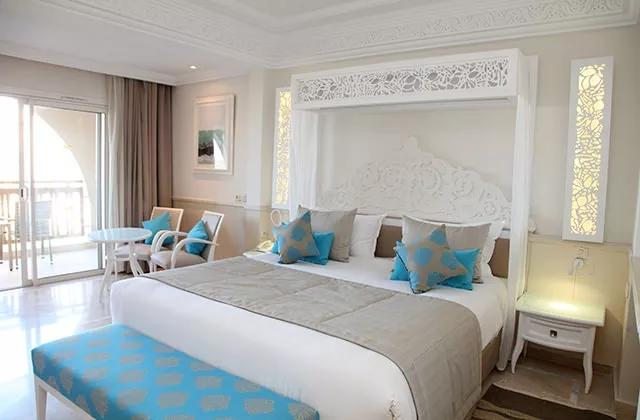 TNSDPAC-chambre-palm-beach-palace.jpg