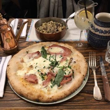 restaurant big love caffe paris pizza pâtes