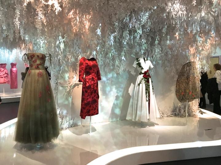 Dior, couturier du rêve aux ArtsDécoratifs