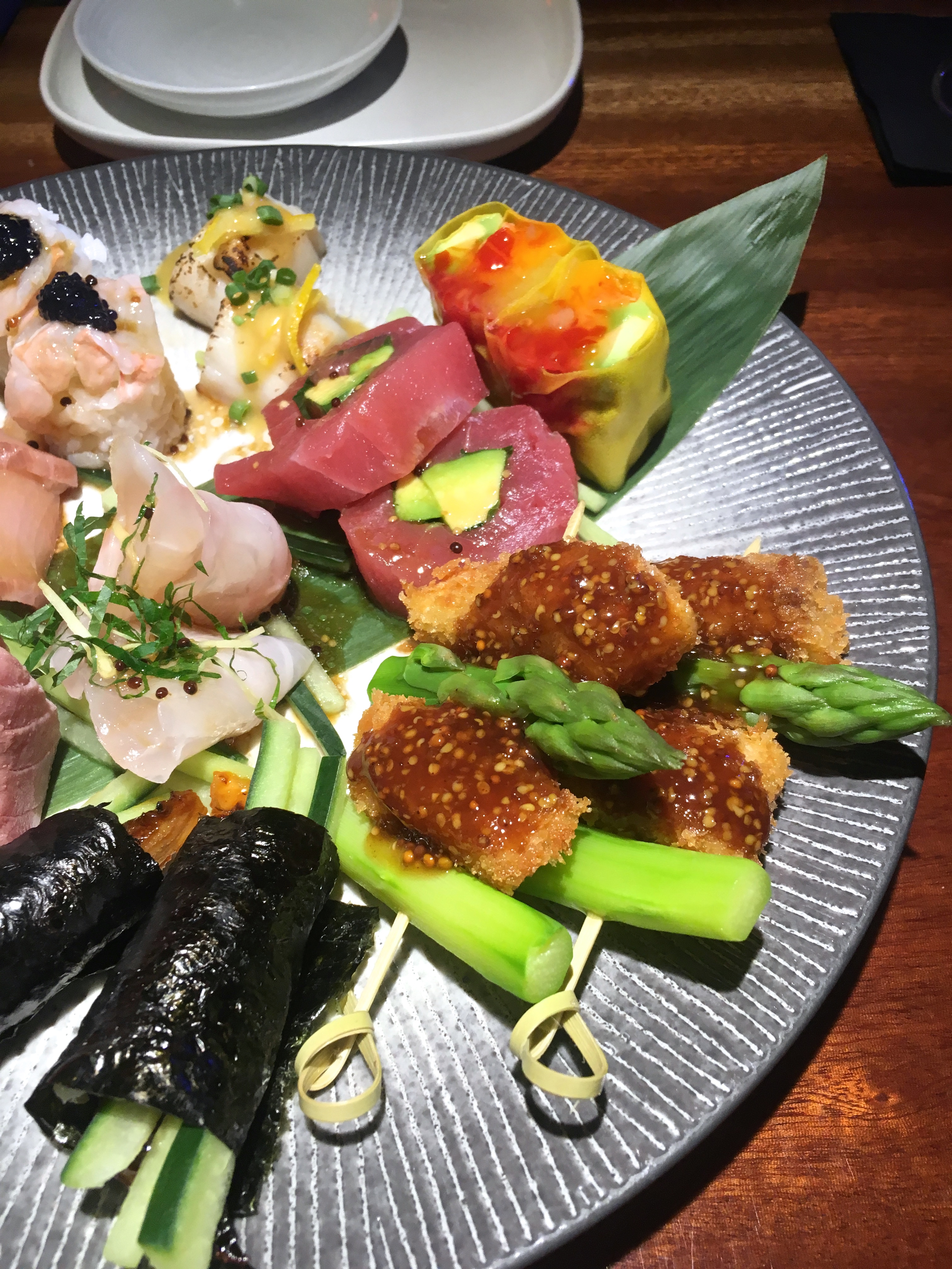 blueberry-maki-bar-paris-restaurant
